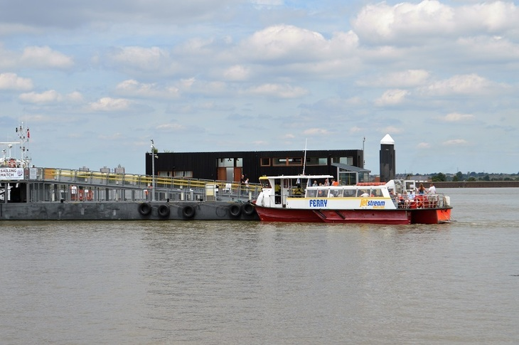 A ferry across the Thames east of the M25