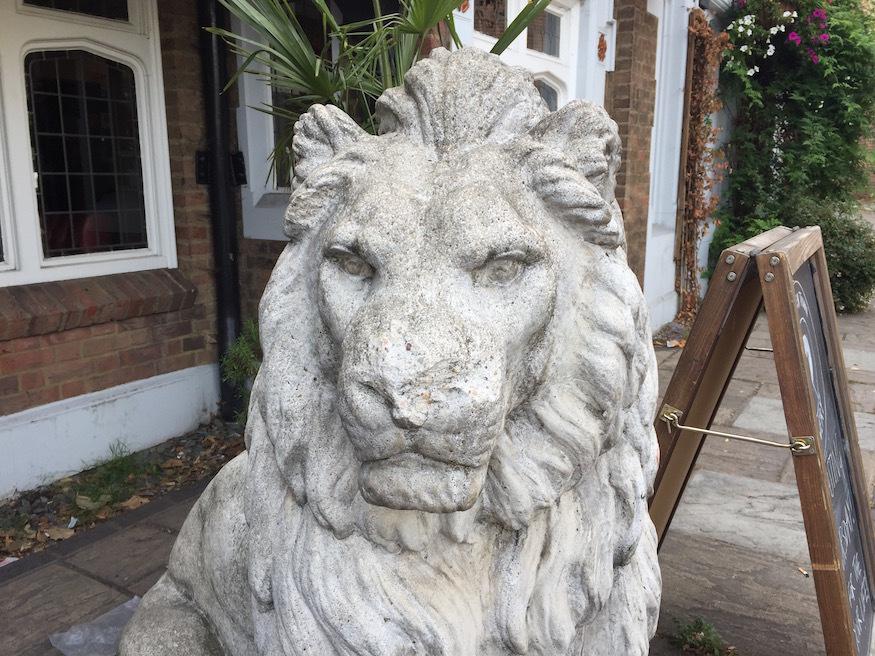 Old White Lion