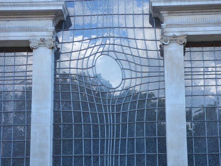 The story of Trafalgar Square's warped window