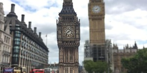 This Will Make You Smile... Pictures Of London Landmarks Held In Front Of The Actual Landmarks