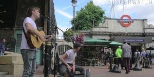 Watch A London Busker's Unique Cover Of Britney's Toxic