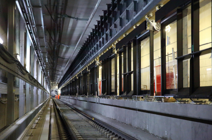 Laying The Last Piece Of Crossrail Track