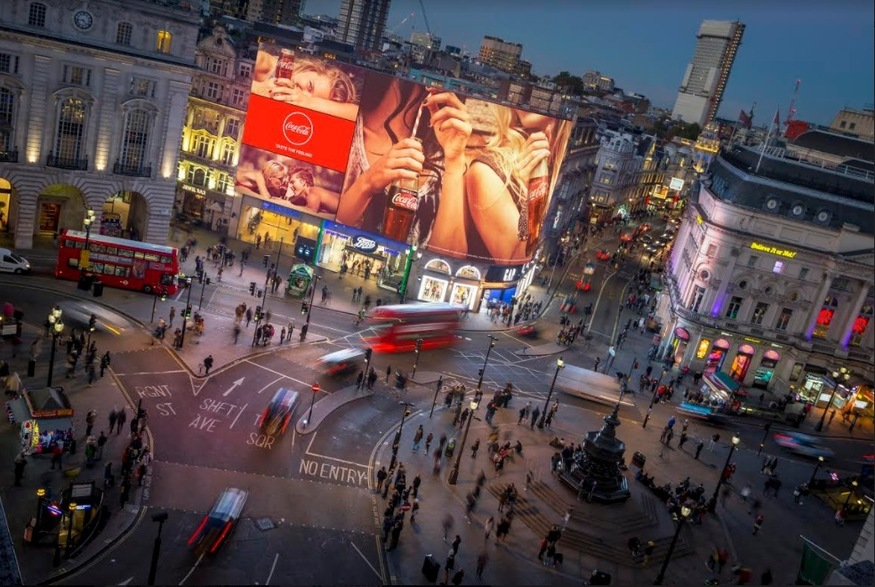 When Are The Piccadilly Circus Lights Being Switched Back On?