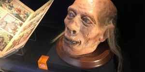 See The Severed Head Of Jeremy Bentham