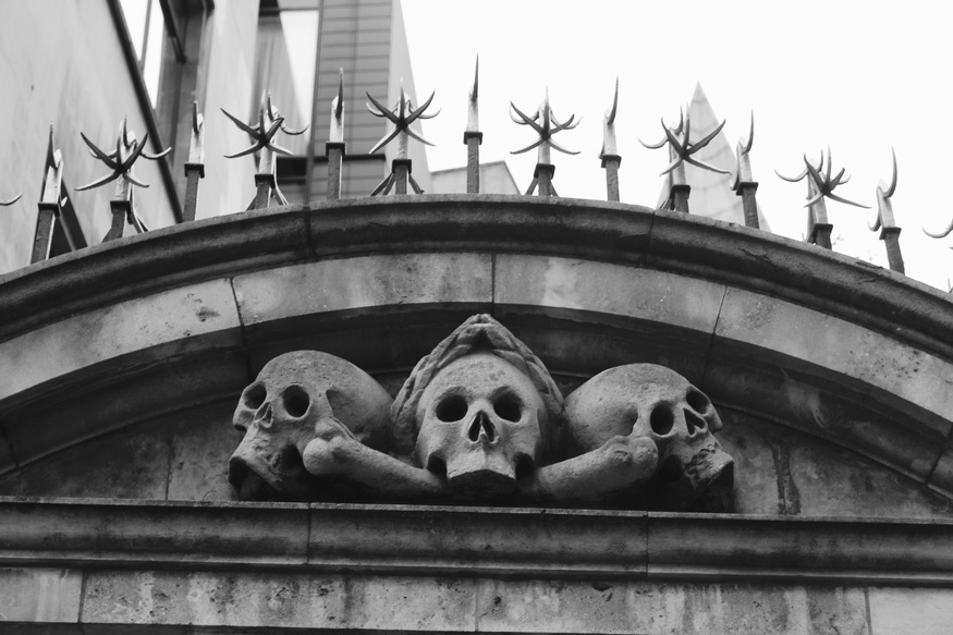 5 chilling churchyards to visit in London