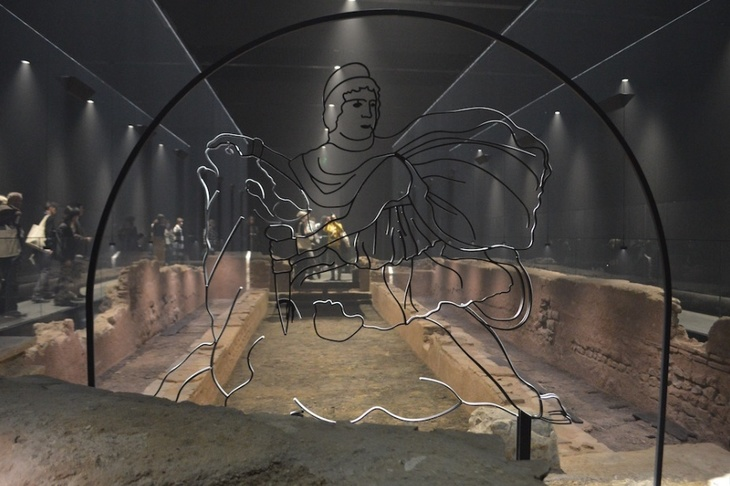 Visit This Roman Temple Beneath The City Of London