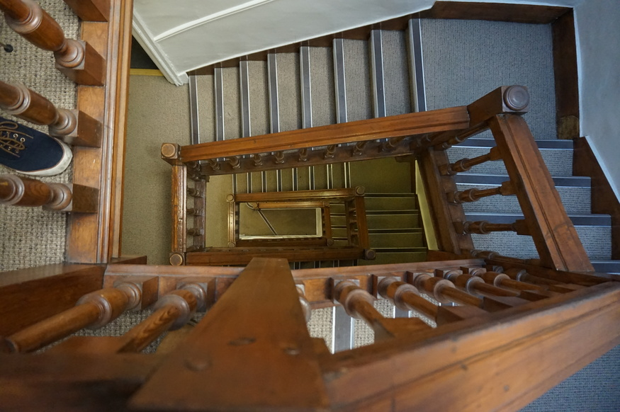 Beau What You See Above Is The Staircase At Lock And Co. Hatters, On St Jamesu0027s  Street. The Building Dates Back To 1686, ...