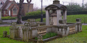 10 Of London's Most Interesting And Unusual Graves