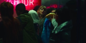 Taylor Swift Condescends To Visit A North London Kebab Shop In New Music Video