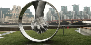 A Random Collection Of Massive Or Otherwise Unusual Hands To See Around London