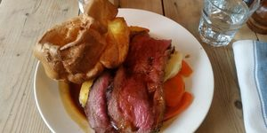 The Lord Of London's Roast Dinners Reviews... Pig & Butcher, Islington