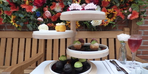 Dominique Ansel Bakery's Afternoon Tea Is A Fantastically Floral Experience