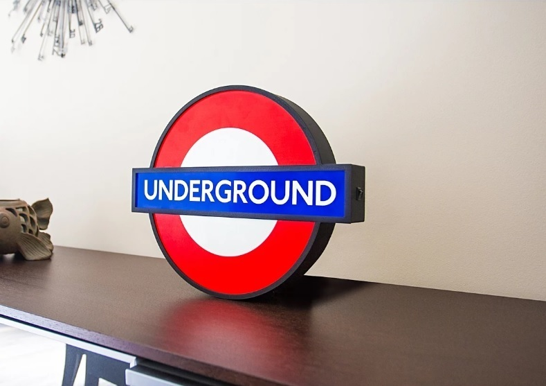 Get yourself a glowy tube roundel londonist get yourself a glowy tube roundel solutioingenieria Image collections