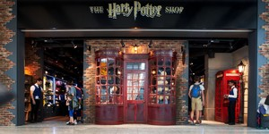 The Harry Potter Shop At Heathrow Terminal 5 Just Got Bigger