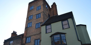 What's The Oldest Building In Islington?