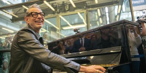 Jeff Goldblum's Been Tinkling The Ivories In St Pancras Station