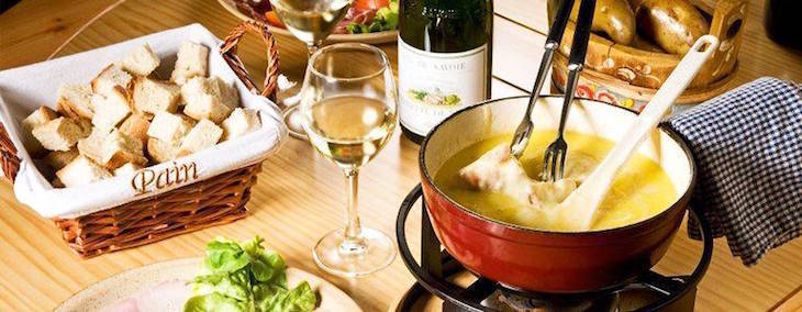 Le Vieux Comptoir's cheese fondue - best cheese fondues in London