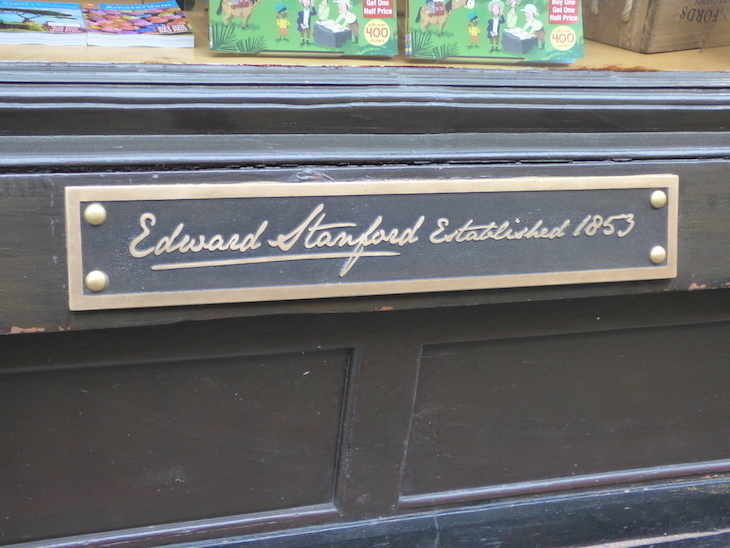 Stanfords travel bookshop Long Acre moving