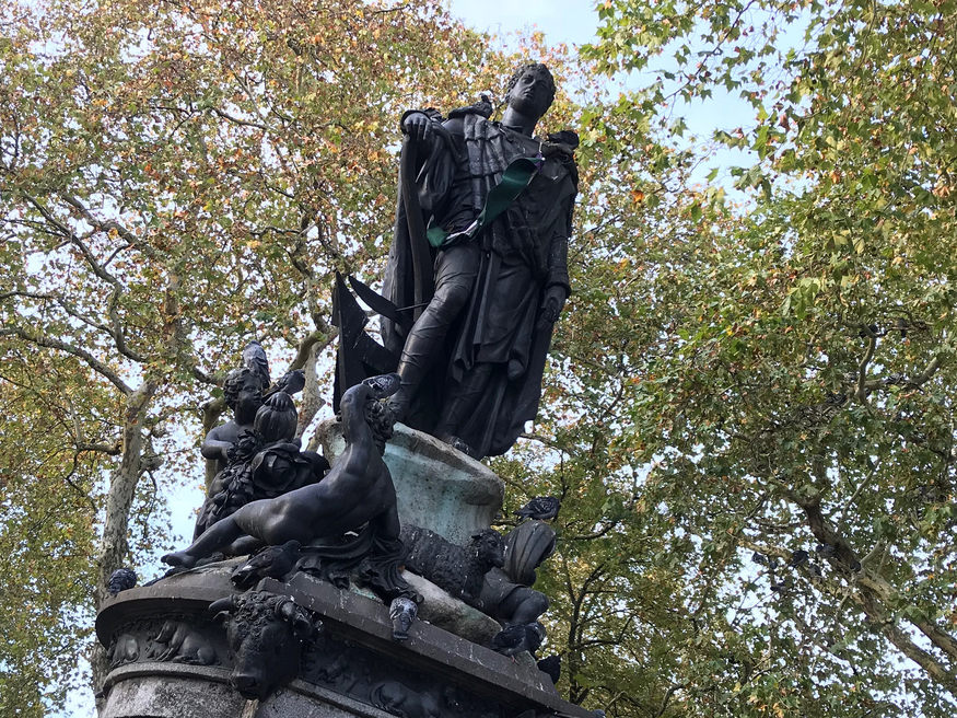 A statue of Francis Russell in Russell Square.