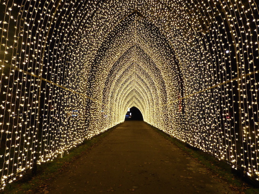 low priced b0d9b ba344 Dazzling Light Festivals To See In London This Winter ...