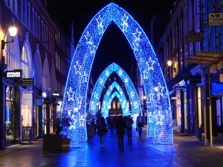 South Molton Street Christmas lights 2018: How to see London's Christmas lights by bus