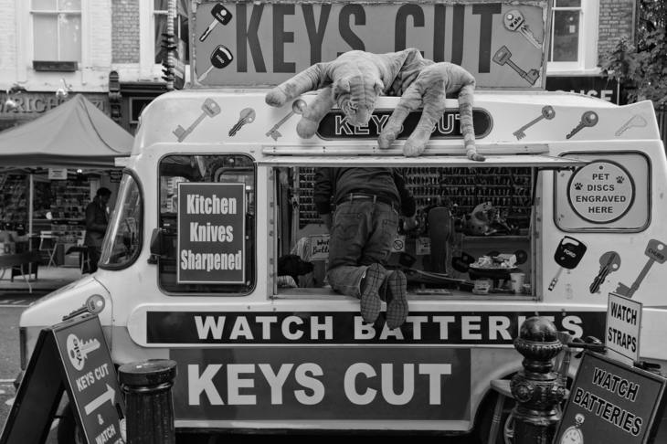 Key cutting van
