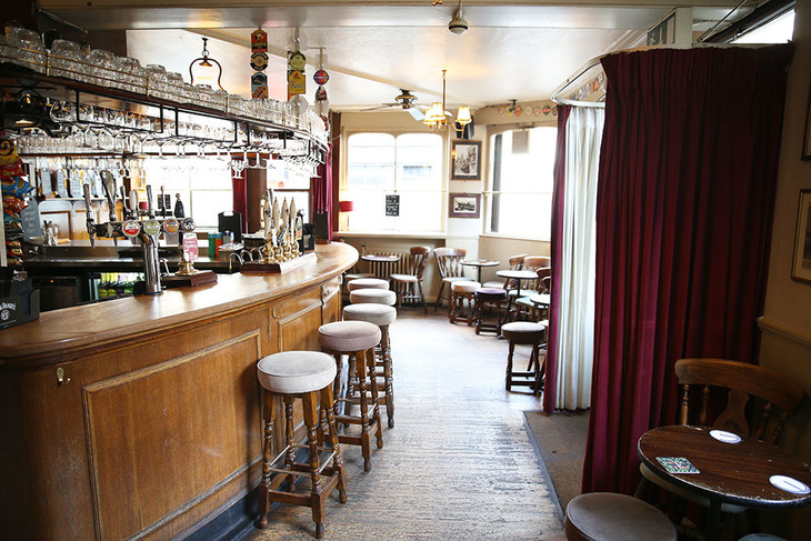 The Best Pubs Near London S Train Stations Londonist
