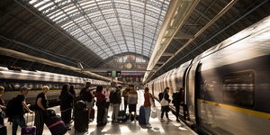 Fancy A High Speed Date From London To Paris On Eurostar?