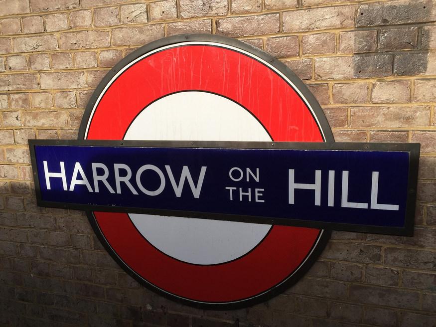 Harrow roundel