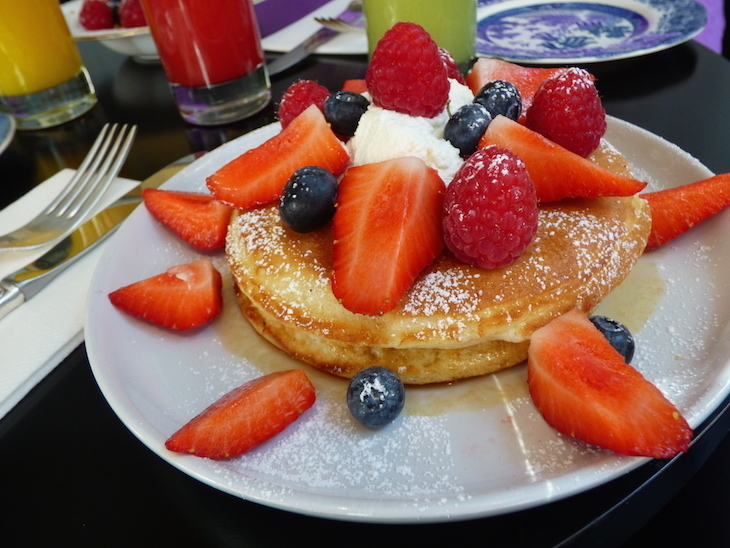 Where to get the best pancakes in London: pancakes at Drunch, Mayfair