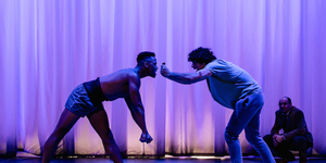 New Production Of Psychodrama Equus Is A Galloping Success
