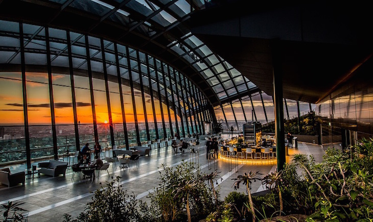 Sunset at Sky Garden, great for family sightseeing and you can find an amazing London rooftop bar