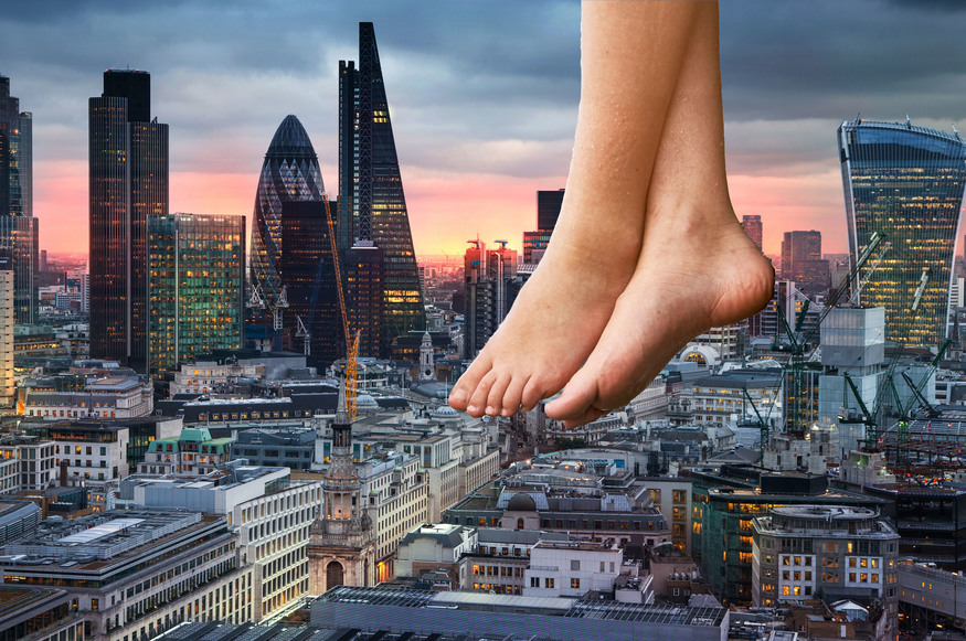 Bottoms Up! 100ft-High Naked Brunch Coming To London