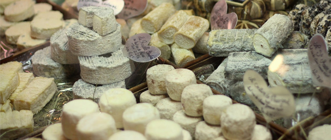 Best cheesemongers and cheese shops in London. Eat, buy and enjoy cheese at The Cheeseboard in Greenwich.