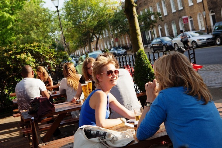 Lovely little beer garden at The Crown in Islington