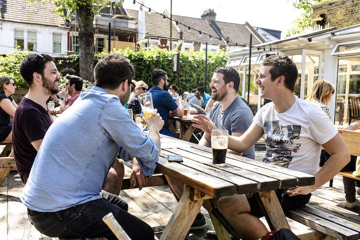 The Selkirk, a lovely pub garden in south London