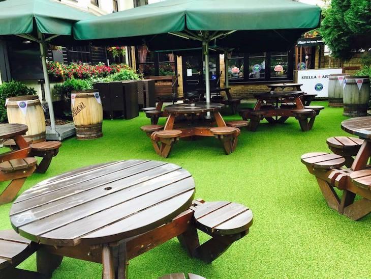 London's best beer gardens: Ye Olde London, Ludgate Hill
