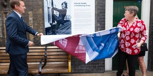 Plaque Unveiled For The Tube's First Female Driver, Hannah Dadds