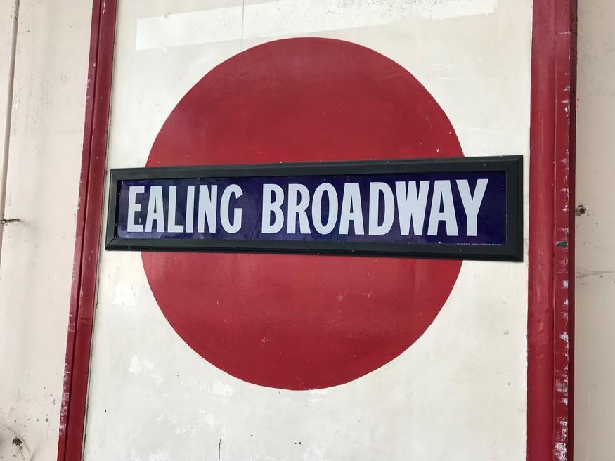 Old roundel at Ealing Broadway