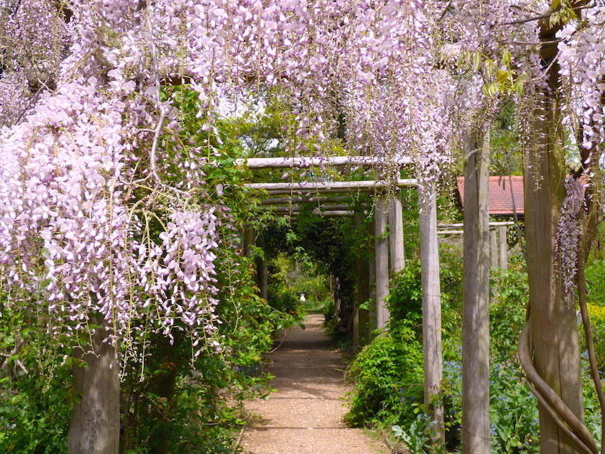 This Botanical Garden Is Home To The Bits Of London That No-One Else Wanted