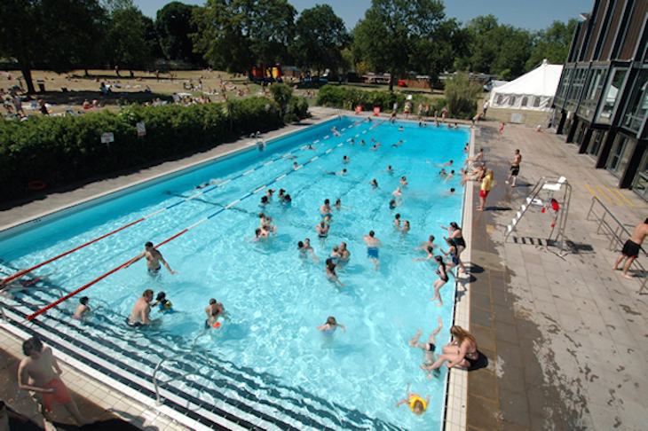 Best lidos and outdoor swimming in London: Pools on the Park in Richmond
