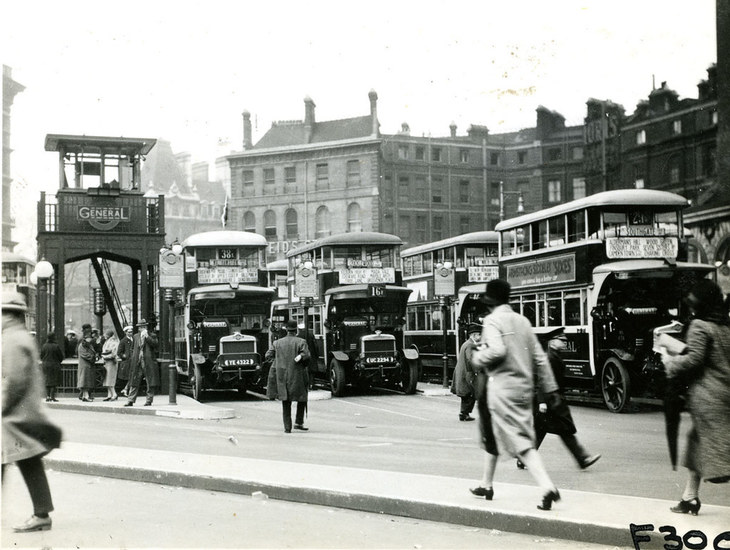 London buses in the 1920s