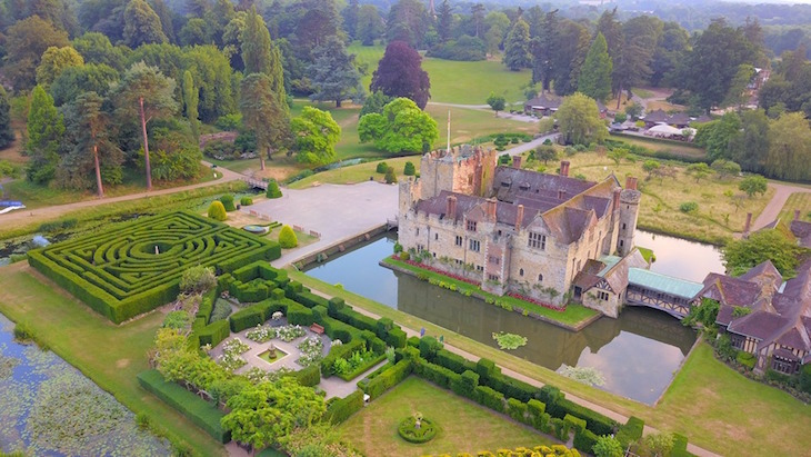 mazes, maize mazes, hedge mazes near london for a day trip: yew tree maze and water maze at hever castle in kent