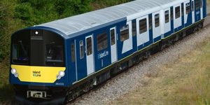 1930s Tube Trains On The Isle Of Wight To Be Replaced... With 1980s Tube Trains