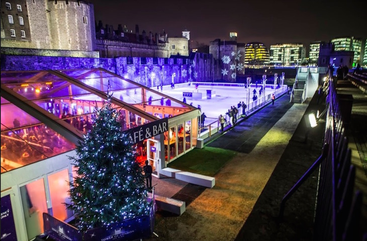Christmas Ice Skating London.Go Ice Skating At Two Of London S Historic Royal Palaces