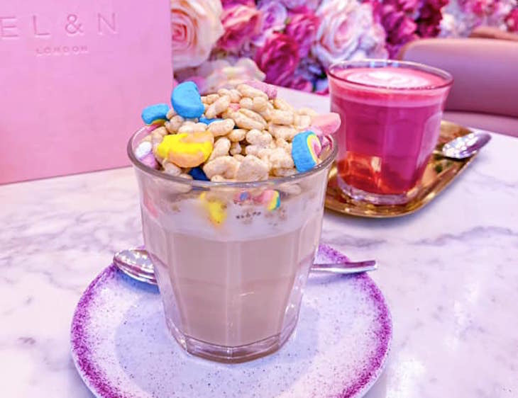 Lucky charms latte at El&n Cafe's Park Lane branch next to Hyde Park - ideal for Hyde Park Winter Wonderland 2019