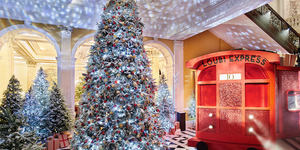A Sparkly Red Train Carriage Has Chugged Into Claridge's For Christmas - And You Can Dine Inside It
