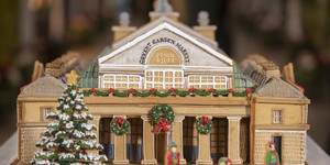 This Incredibly Lifelike Gingerbread Model Of Covent Garden Is Now On Display