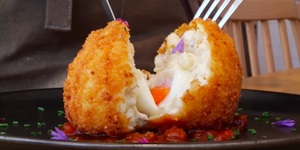 The Mac And Cheese Scotch Egg Has Arrived And You're Going To Want It In Your Life