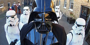 People Dressed As Horses Dressed As Star Wars Characters Race Around London This Sunday